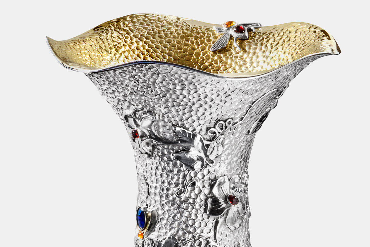 Photo of Michael Galmer's sterling silver and 24K gold 'Large Bee Vase' sculpture from his exhibit at Cooper Hewitt Museum.